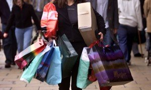 women shopping mindlessly